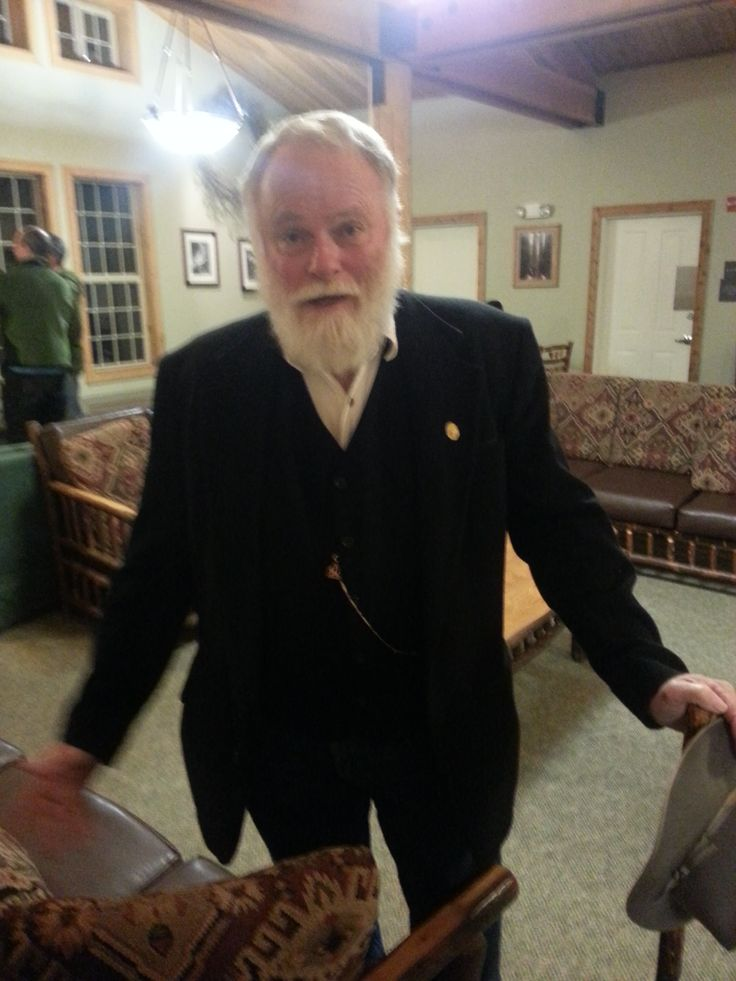The John Muir lobby can host gatherings like ranger Frank Helling and his snowy beard channeling the lodge's namesake naturalist for a living history presentation. http://www.visitsequoia.com/John-Muir-Lodge.aspx
