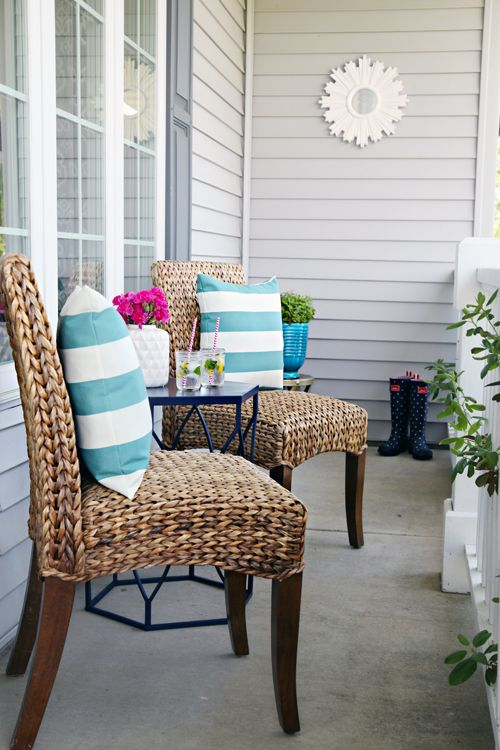 66 A Mini Front Porch Refresh My Makeover Small Porches Decorating