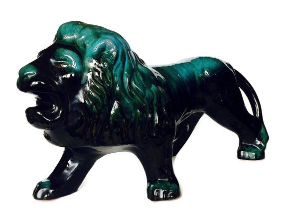 Rare Blue Mountain Pottery Lion Large Mid by NoNameCatVintage