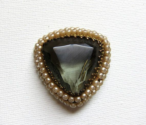 Vintage Victorian revival faux pearl and faceted glass brooch: Faceted Glass