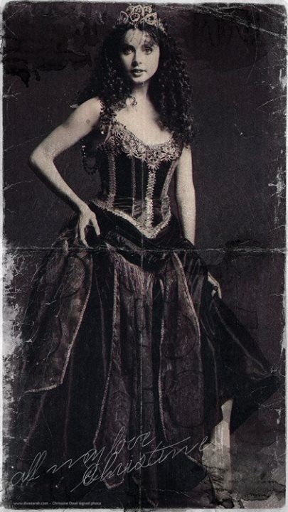 Sarah Brightman as Christine from 'The Phantom Of The Opera'. Publicity photograph, circa 1986.