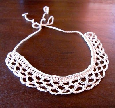 Mel P Designs: Free Crochet Collar Pattern - Think I might add some pearls to this.