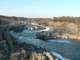 ($5) Great Falls Park, an 800-acre park located along the Potomac River, is one of the most spectacular natural landmarks in the Washington DC metropolitan area. The natural beauty of Great Falls Park and its close proximity to downtown Washington, DC make this park popular with local residents and tourists who are visiting the area.