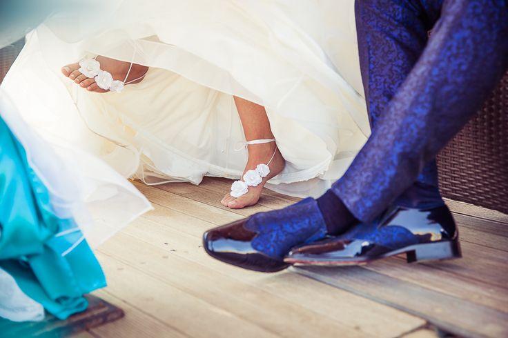 Kind of wedding shoes for a beach wedding. Soort van trouwschoenen voor een strandbruiloft. Made by me/ Gemaakt door mij: www.fotozee.nl