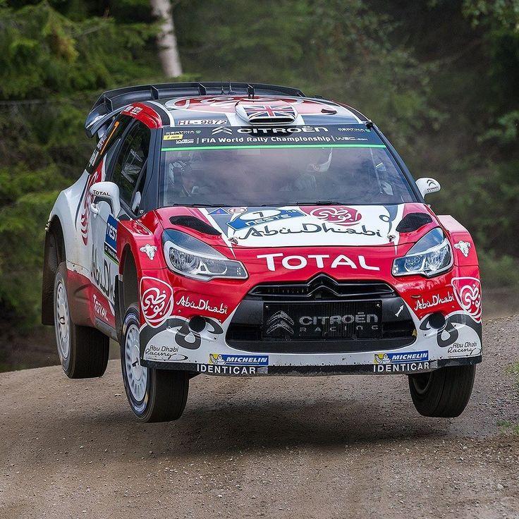 #Citroën #DS3 WRC 2016 Mais uma vitória para o piloto britânico Kris Meeke no World Rally Championship 2016. Meeke venceu o Rally da Finlândia oitava prova do calendário WRC realizada no último fim de semana. O finlandês Jari-Matti Latvala (VW Polo-R) ficou em segundo lugar a 29 segundos de distância enquanto o irlandês Craig Breen (Citroën DS3) foi terceiro. O próximo rally será da Alemanha dia 18 de agosto. Foto: Tino Anis/RedBull Content @citroenracing @abudhabiracing @total #CarroEspo...
