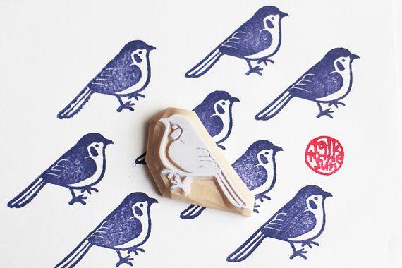 blue bird stamp. bird hand carved rubber stamp. por talktothesun