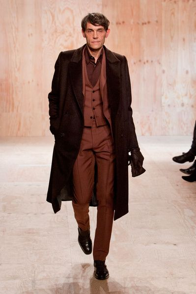 Mode à Paris FW 2014/15 – Berluti See all the catwalk on: http://www.bookmoda.com/sfilate/mode-a-paris-fw-201415-berluti/ #paris #fall #winter #catwalk #menfashion #man #fashion #style #look #collection #modeaparis #berluti