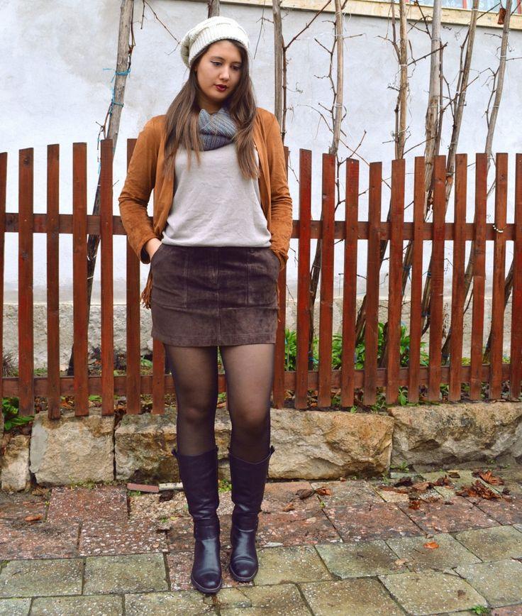 Earthy tones   Fashion Sofa