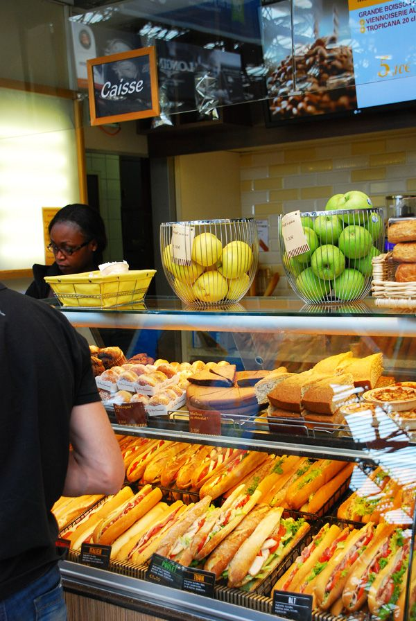 Sandwiches shop, Paris Love the idea of fresh fruit in the wire baskets for project ***