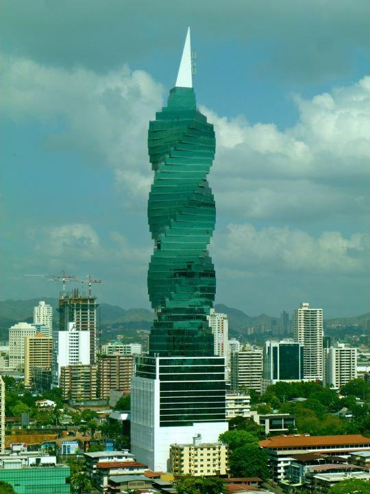 El Tornillo in Panama city.