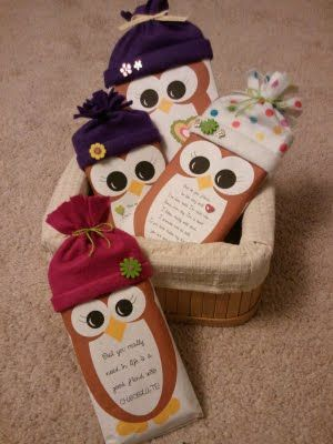 Chocolate bars dressed up as winter owls as gifts