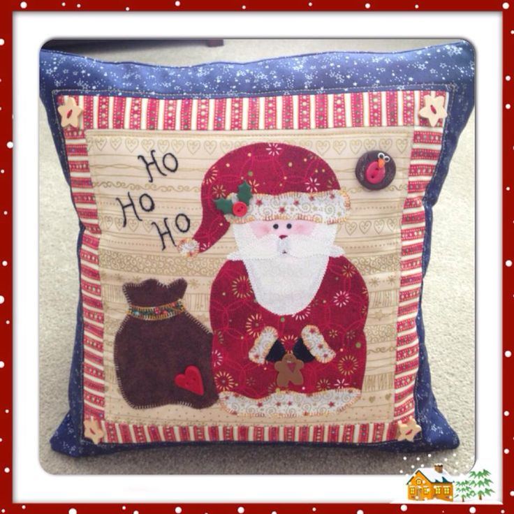 Christmas cushion completed at the Quilters Trading Post workshop.