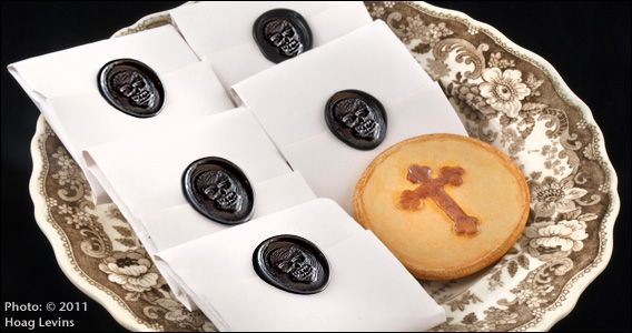 Victorian funeral biscuits (or cookies) photo by Hoag Levins. http://historiccamdencounty.com/ccnews153_568x300.jpg