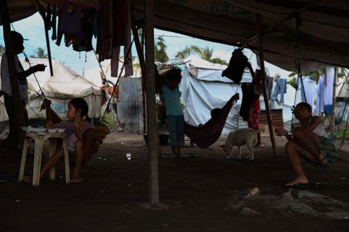 Landlessness making 'Yolanda' shelter provision difficult | ABS-CBN News