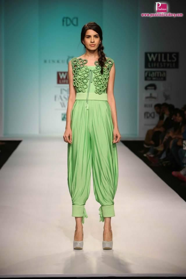 Wills Lifestyle India Fashion Week Spring / Summer 2014 Day-4 | Paul Embroidery