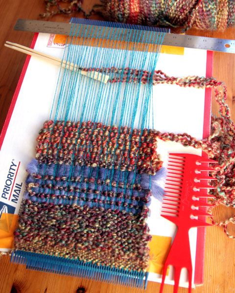 Simple loom with combs! Not in English, but photos show using combs for the warp threads & paired (bound together) chopsticks to weave the weft.