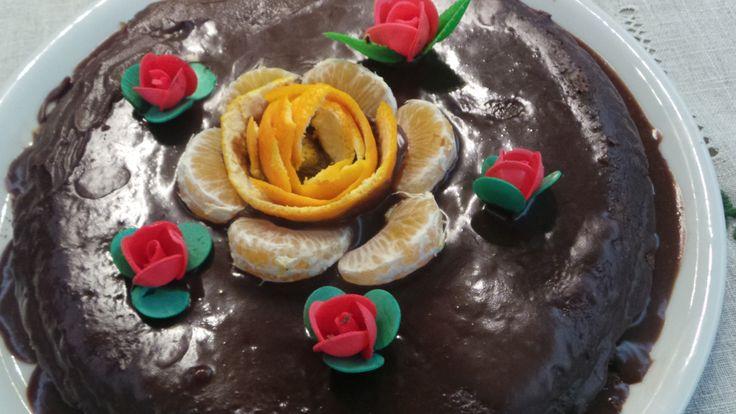 Torta golosa al cioccolato . http://lisaricette.blogspot.it/2014/11/torta-golosa-al-cioccolato_23.html