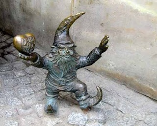 Gnome Hunting is Fun! - This is the Most Popular Gnome in Wroclaw, Poland