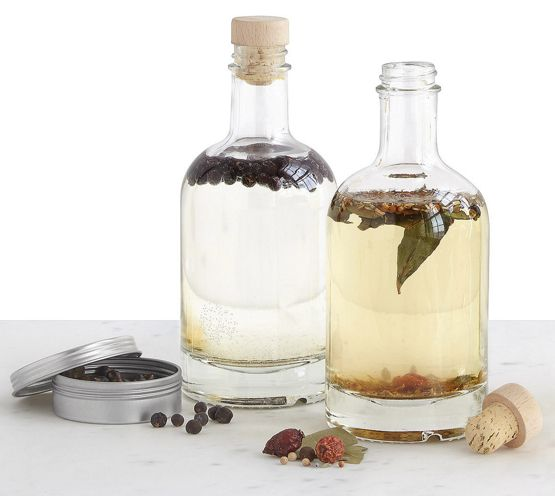 Because who doesn't need a Homemade DIY Gin Kit.  The best ideas for Groomsmen Gifts...