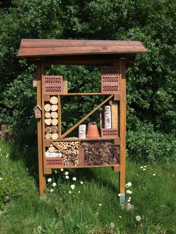 40 best images about insektenhotel on pinterest gardens. Black Bedroom Furniture Sets. Home Design Ideas