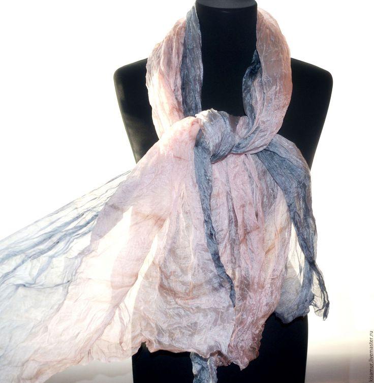 Купить женский шелковый шарф палантин нежно розовый с серым - шарф палантин, шарф батик
