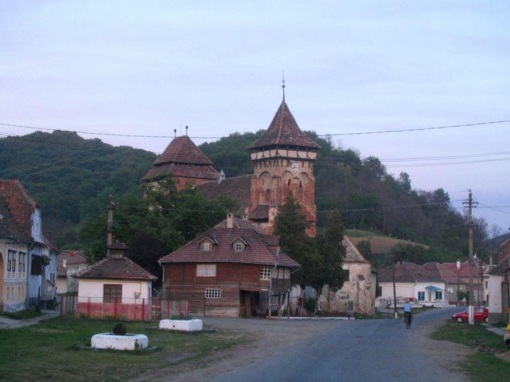 Valea Viilor - Biserica fortificata, sec.13, mon. Unesco
