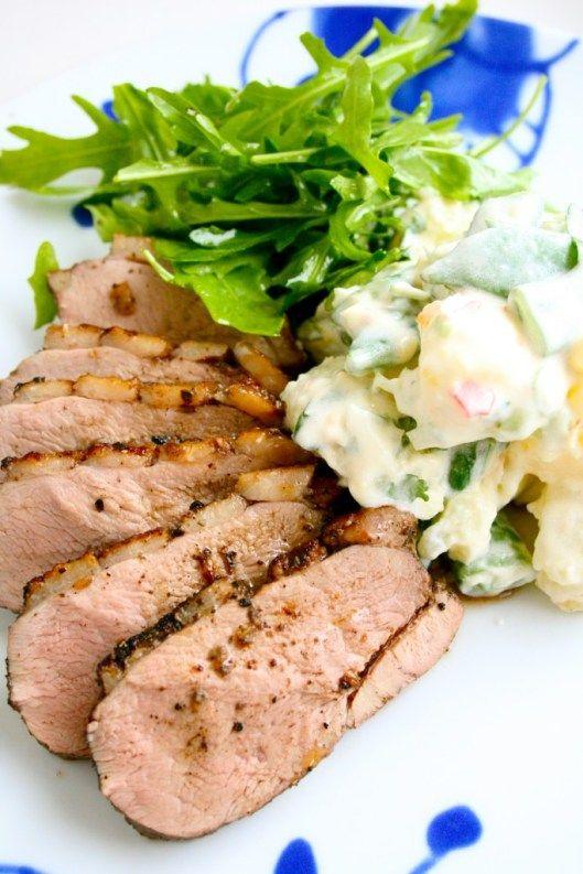Grillet andebryst og potetsalat på asiatisk manér
