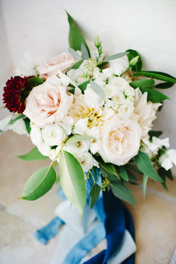 soft bouquet with dahlias - photo by Les Amis Photo http://ruffledblog.com/italian-destination-wedding-for-a-wedding-planner