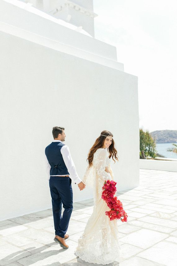 Bougainvillea-inspired Grecian wedding editorial