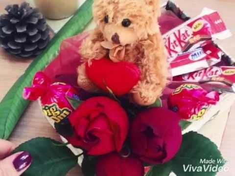 عروسک و کیت کت www.hodoliva.com