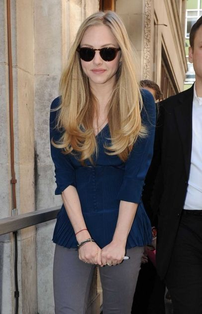 Amanda Seyfried in London I love these long layers that don't really loose any length to the style!