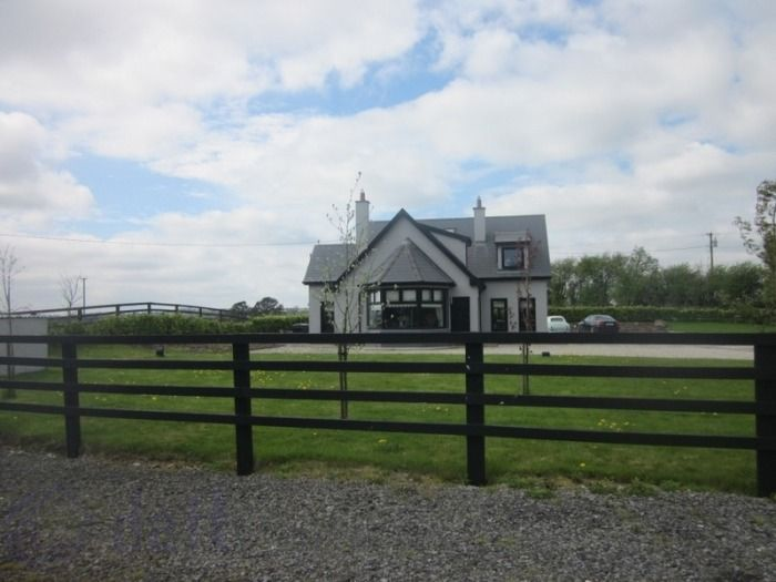Ballinacarrow, Rathconrath, Co. Westmeath...House For Sale - Viewing Highly Recommended. Find this home on www.davittanddavitt.ie #westmeath #newforsale