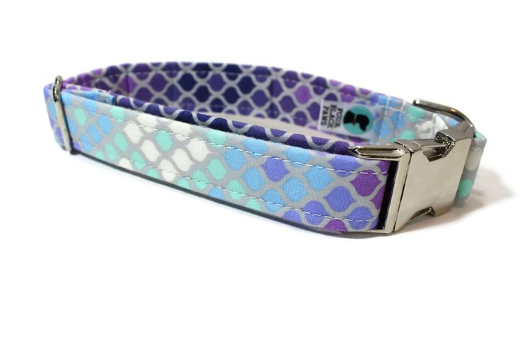 Dog Collar | Mermaid Scales in Purple Dog Collar | Your choice of metal buckle or plastic buckle | Ombre Dog Collar | Girl Dog Collar by 4BlackPaws on Etsy https://www.etsy.com/listing/464799989/dog-collar-mermaid-scales-in-purple-dog