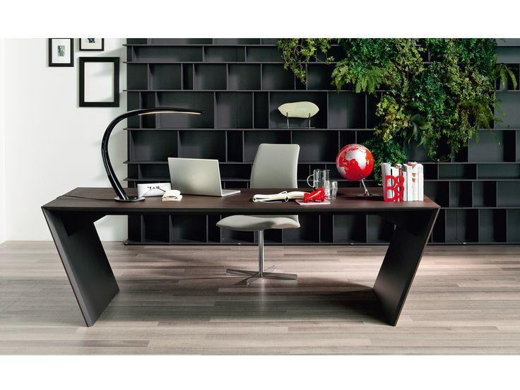 Mit Dem Schreibtisch Vega Eiche Von Cattelan Italia Wird Jedes  Arbeitszimmer Zu Einem Futuristischen Ort. Überzeugen Sie Sich Selbst!
