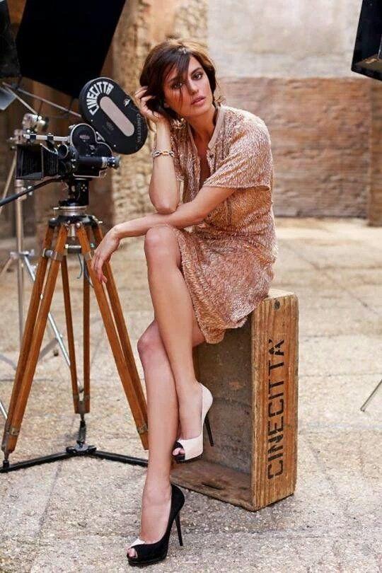Foto-fashion: Modelo Catrinel Marlon-Menghia