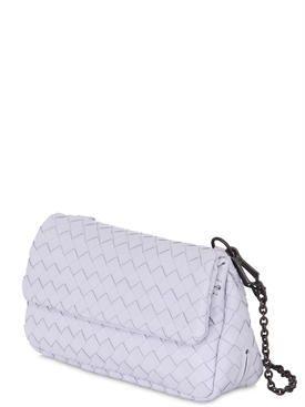 bottega veneta - женщины - сумки на ремне - сумка из плетёной кожи