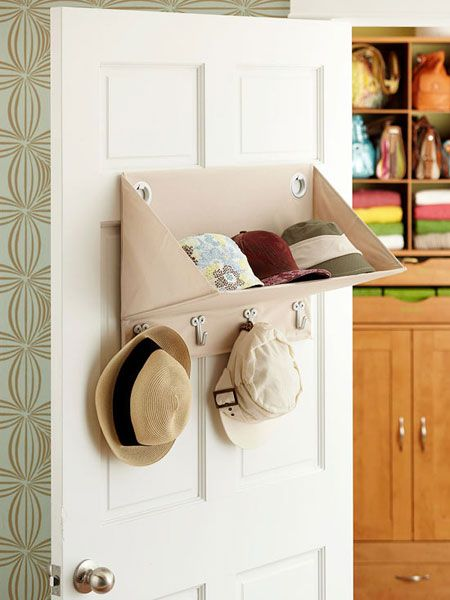 Organize Accessories with These 28 Clever Ideas | Decorating Files | #organizingaccessories #organizinghats