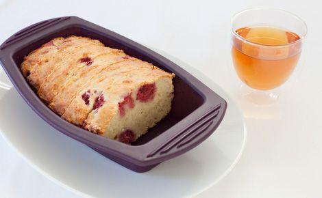 Coconut Yogurt Cake with Raspberries www.robertamerrill.myepicure.com