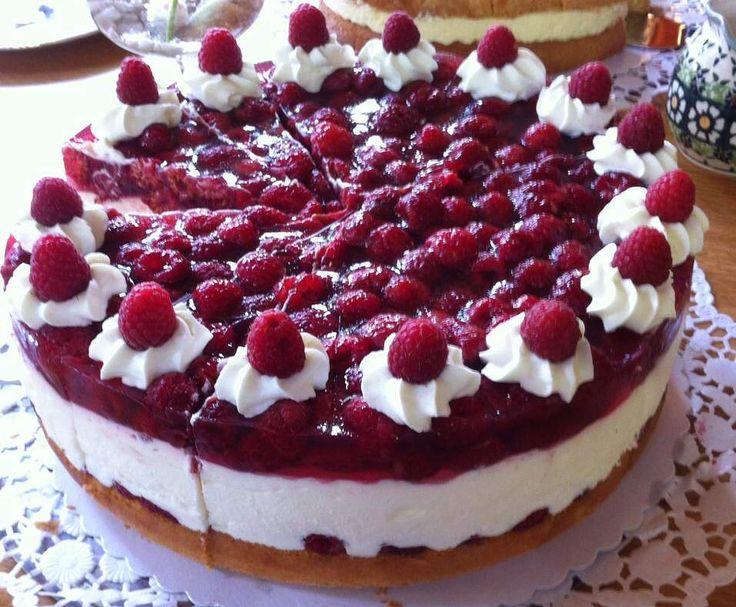 die besten 25 yogurette torte chefkoch ideen auf pinterest erdbeer yogurette torte machen. Black Bedroom Furniture Sets. Home Design Ideas