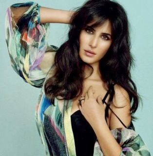 Katrina Kaif Hot Bikini Pics and Hot HD Wallpapers, Download Katrina Kaif Sexy Images & Photo Gallery 2015. Katrina Kaif New Hot Photos, Stills from Movies. Katrina Kaif Navel Images, Katrina Kaif xxx size Latest Hot HD Images. Katrina Kaif nude makeup pics.