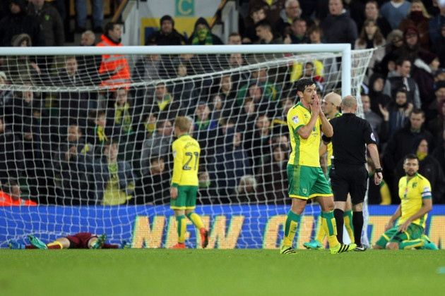 REACTION ¦ Alex Neil insists he is ready to stand and fight to turnaround Norwich City's Championship nosedive after suffering a stoppage time 3-2 home defeat to Leeds United.