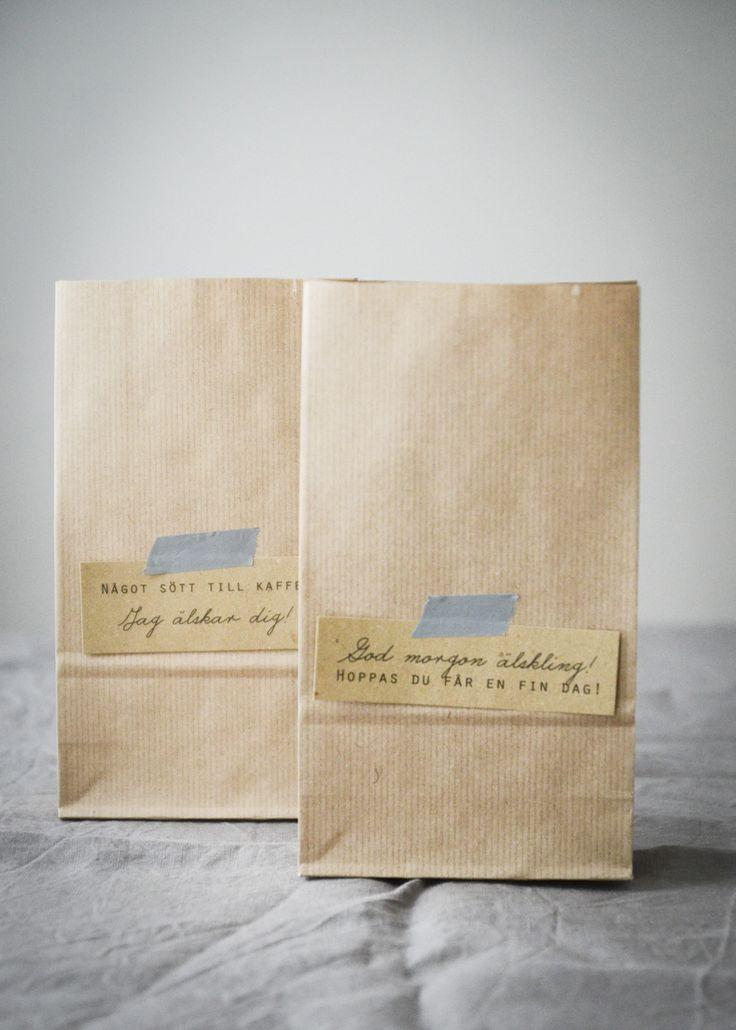 Alla hjärtans dag pyssel- frukostpåsar med personliga meddelanden.  Valentines day craft- breakfast bags with a personal message