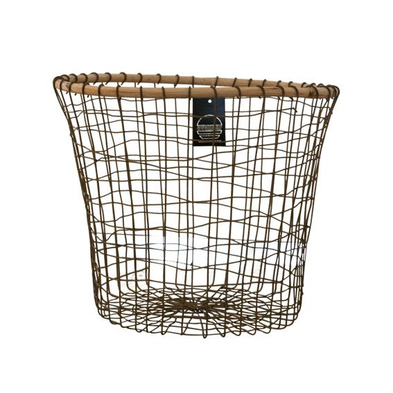Draadmand bamboe #basket #wirebasket #wired http://www.nanaas.nl/a-41352232/kleinmeubelen/draadmand-bamboe/