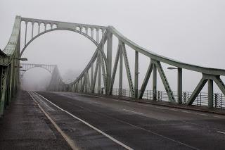 On June 11, 1985, the biggest agent swap known in history occurred at the Glienicke Bridge in Potsdam.
