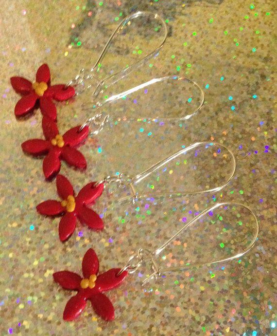 Poinsettia dangle christmas earrings kidney wire by VINTAGEnKITSCH