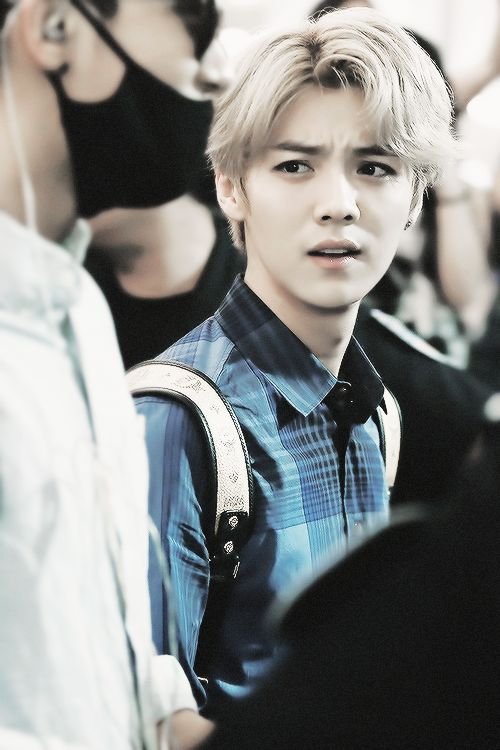 How to judge people, while still looking very very  good : a guide by Luhan