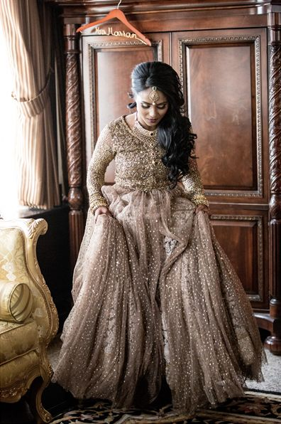 Pakistani Bride | Lengha by Sabyasachi | Photography by Salwa
