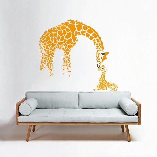 Cod: ANI-019. Tamaño: 80 cms ancho x 73 cms alto - Valor: $ 65.600 - Tamaño: 110 cms ancho x 102 cms alto - Valor: $ 90.200 #VinilosDecorativos #Vinilos #Vinilos4Home #Decoracion #VinilosPersonalizados #sala #animal #giraffe #jirafa #Espacios #vinilosdecorativosbogota