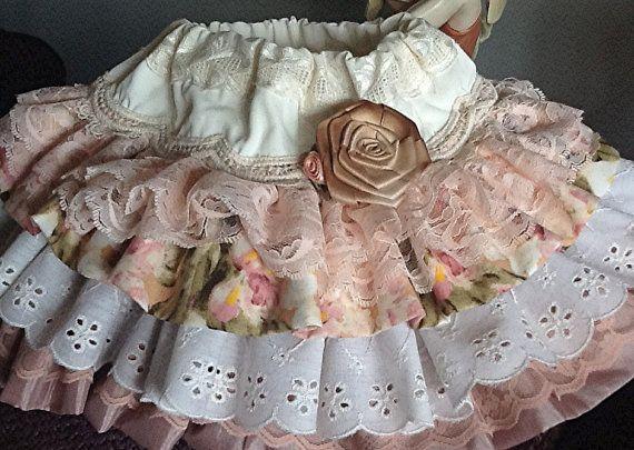 Venta de muestra rizado Vintage encaje y ojete falda con encanto floral tamaño 18 mes, 2,3,4