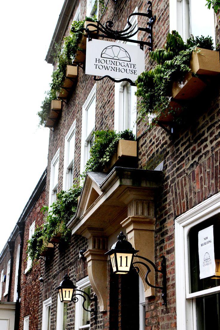 Front Elevation - Houndgate Townhouse, Darlington